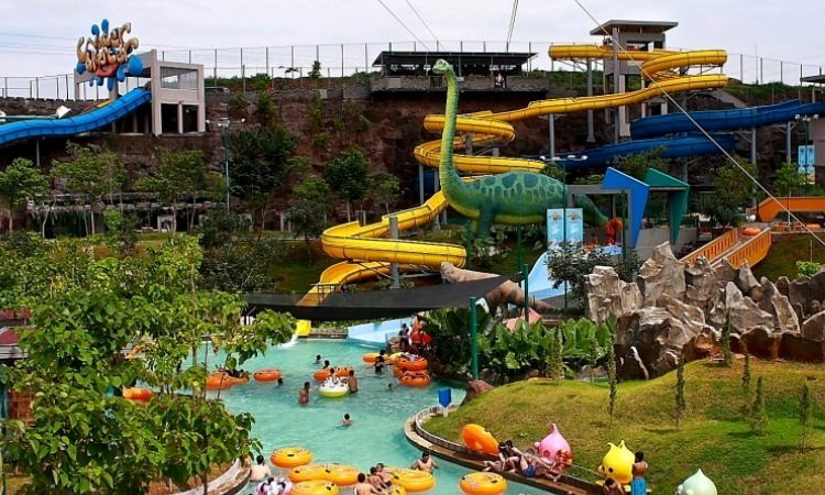 Water Blaster Bukit Candi Golf