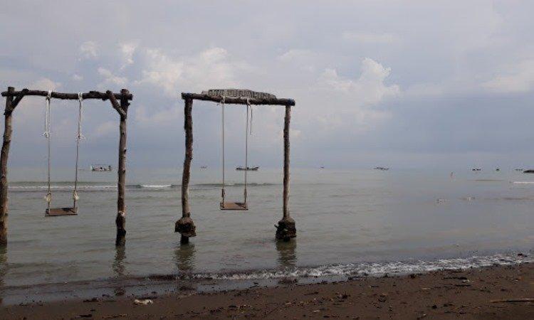 Pantai Larangan