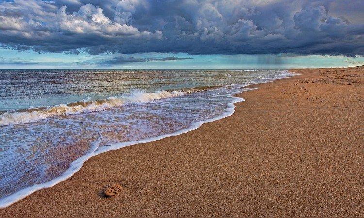 5 Wisata Pantai di Subang Paling Hits Dikunjungi