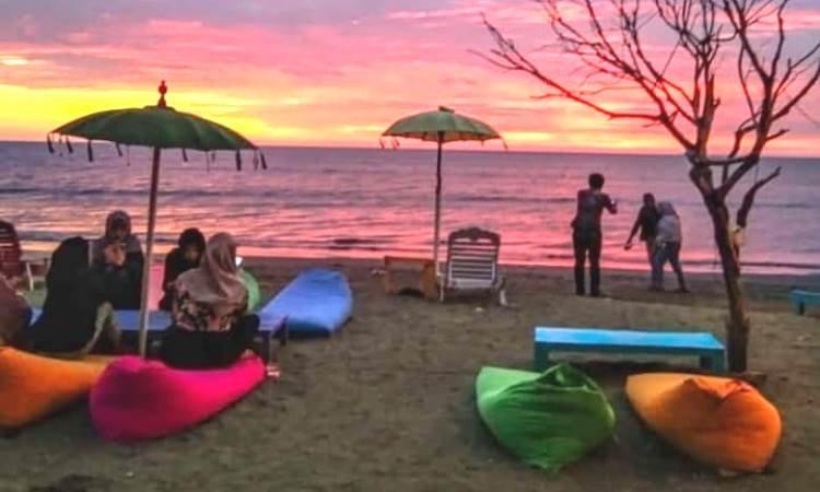 Pantai Cinta