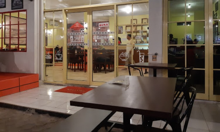Stamp Cafe And Resto