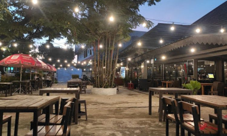 Unsilent Cafe And Resto