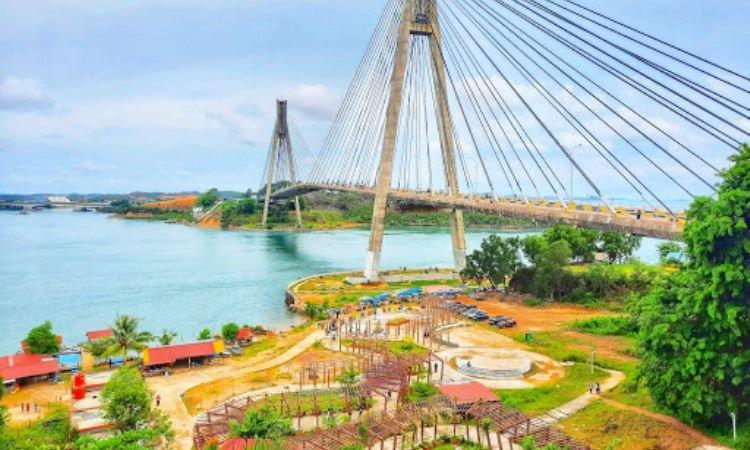 Fasilitas Jembatan Barelang