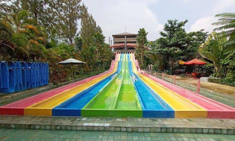 Wahana di Jogja Bay